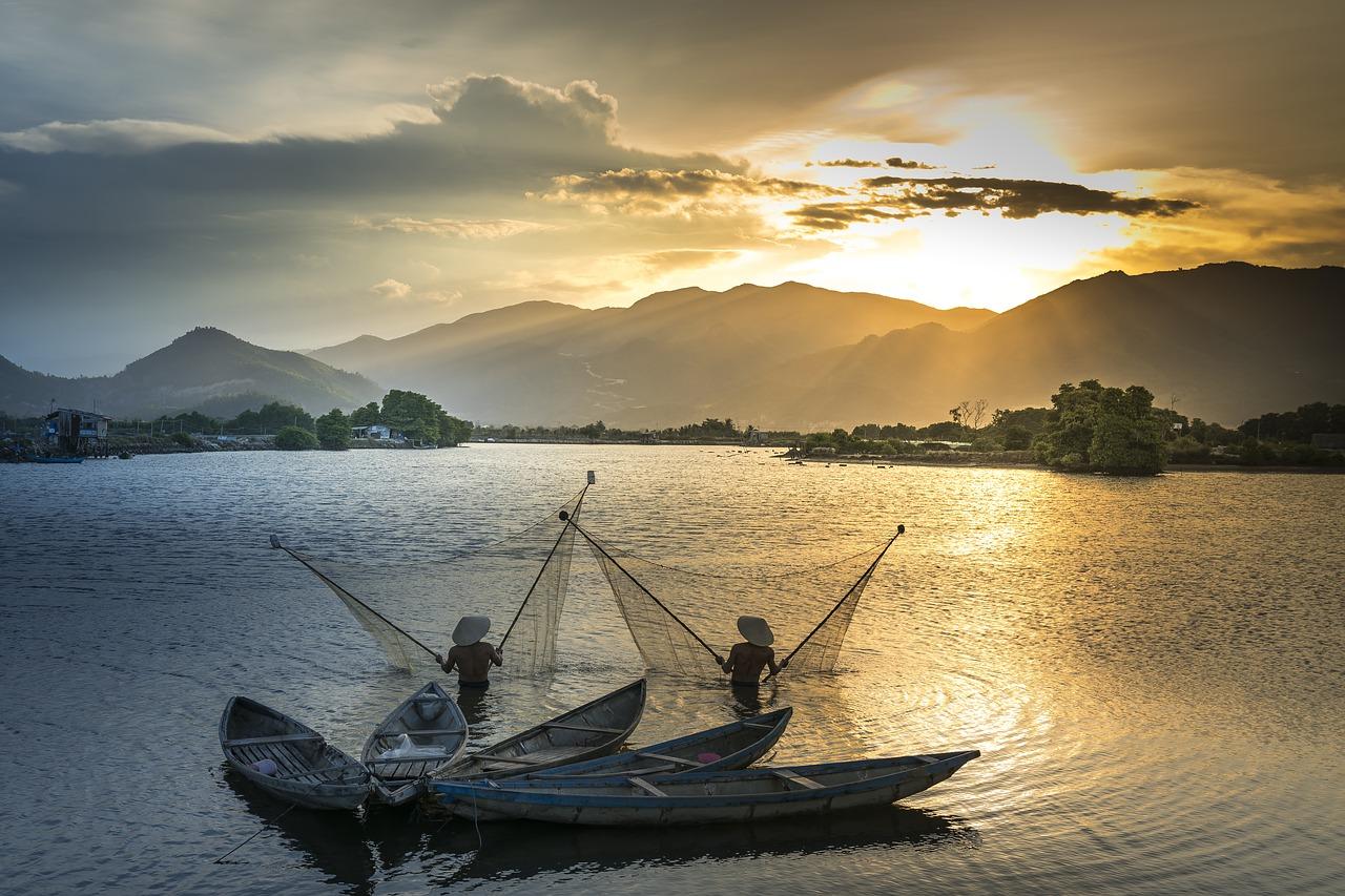 three seasons of myanmar essay